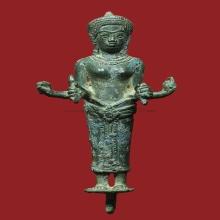 เทวรูปพระแม่อุมาศิลปะแบบพลบุรี สูง 4.5 นิ้ว องค์นี้สี่กรหายา