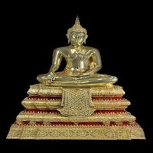 หลวงปู่โต๊ะพระบูชาพิมพ์พระพุทธกะไหล่ทองหน้าตัก9นิ้ว