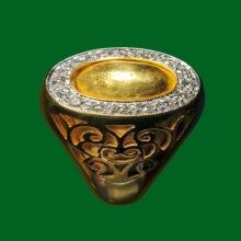 แหวน หัวทองคำ อ.เฮง ไพรวัลย์ เลี่ยมเพชร