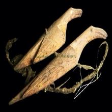 นกสาริกาคู่ ขนาดบูชา หลวงพ่อเคน วัดถ้ำเขาอีโต้ ปราจีนบุรี