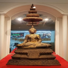 พระพุทธรูปสมัยธนบุรี หน้าตัก 17 นิ้ว สูงรวม 35 นิ้ว 3 ถอด รั