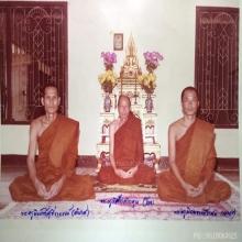รูปหล่อเรือนไทย รุ่นแรก หลวงพ่อนงค์ วัดสว่างวงษ์ เนื้อเงิน