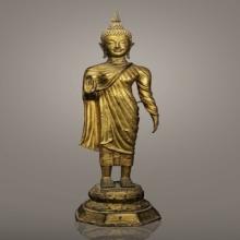 102 พระพุทธรูปยืนจีวรริ้ว สมัยรัชกาล สูง 28 นิ้ว