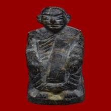 หลวงปู่เทพโลกอุดร รุ่นแรก ปี 2542 เนื้องาช้างดำกลายเป็นหิน