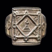 แหวนหลวงพ่อกวยรุ่นแรกสวยแชมป์