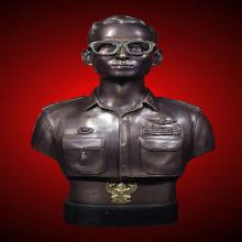 พระบรมรูปหล่อในหลวง รัชกาลที่9 กรมราชองครักษ์ รุ่น 2 ปี39