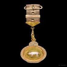 เหรียญหมู เสาวภาฯ ปี2456 เนื้อทองคำ พร้อมแหนบเดิมๆ