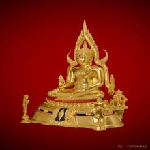 พระพุทธชินราชจำลอง อกเลาบนผ้าทิพย์ลงรักปิดทอง หน้าตัก ๙ นิ้ว
