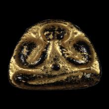 พระปิดตาหลวงพ่อสีหมอก รุ่นแรก เนื้อผงจุ่มรัก พ.ศ.2500