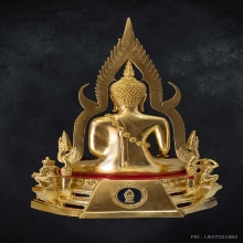 พระพุทธชินราชจำลอง ฐานลายประดับกระจก ปิดทอง หน้าตัก ๗ นิ้ว